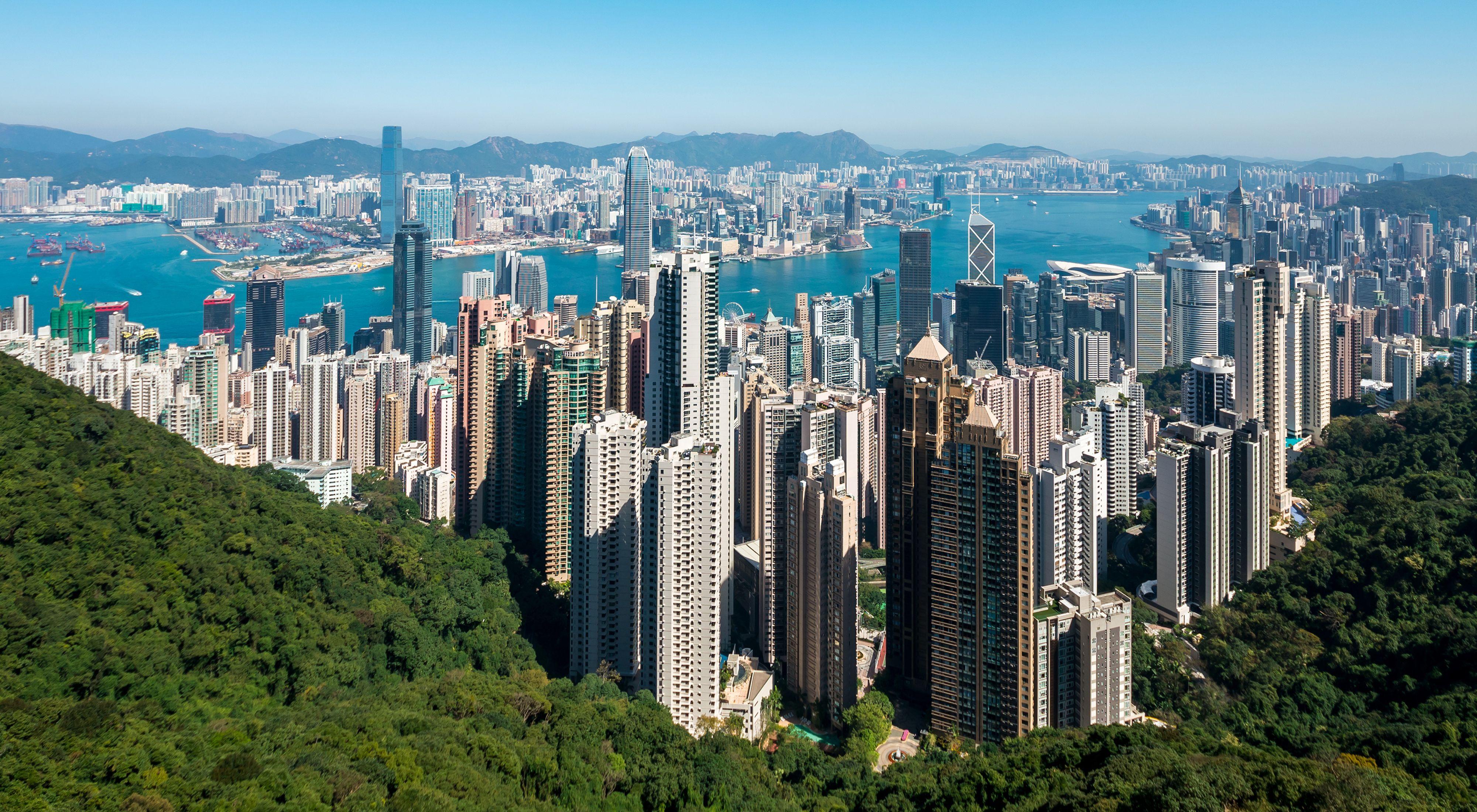 somaderm-hong-kong-skyline